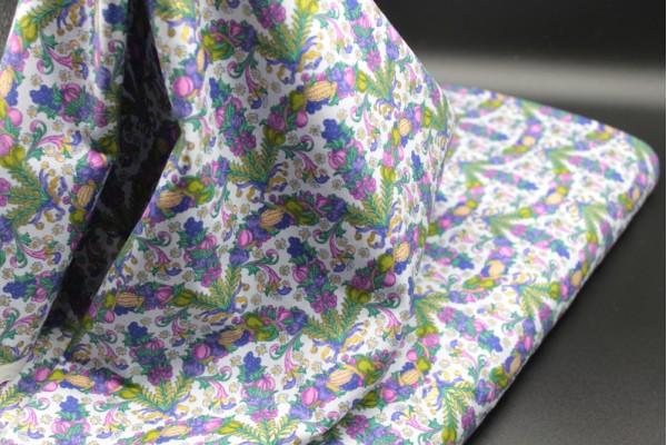 Floral Garland Design - Cotton Poplin