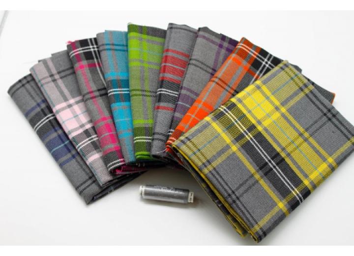 Mega Tartan Fat Quarter Pack - 9 pieces of fabric size 50 cm x 72 cm plus matching Thread